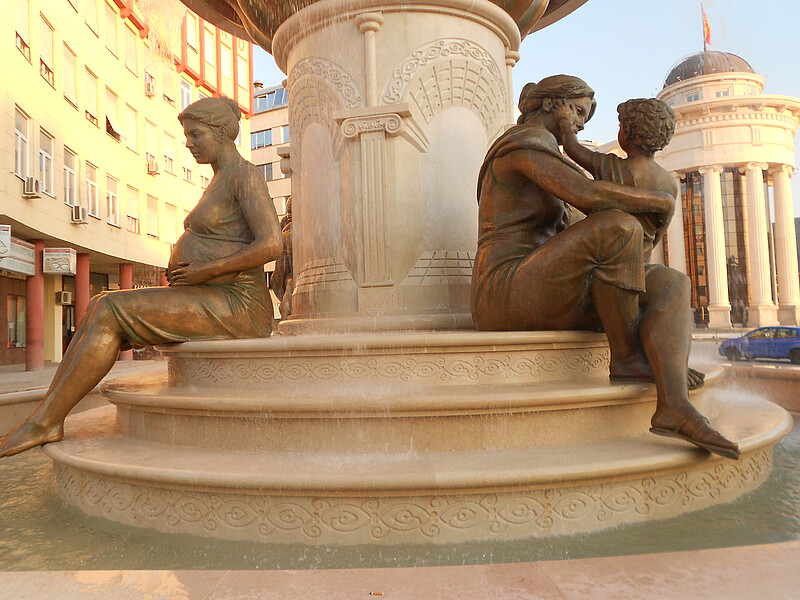 Fountain of the Mothers of Macedonia, two of four statues