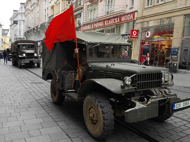 Convoy of historical vehicles in Brno